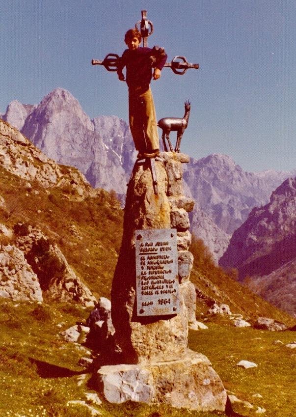 Aspecto de las esculturas del mirador del Tombo hace 40 años.